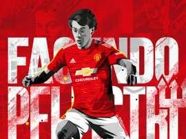 Pellistri s'engage 5 saisons avec Manchester United. Twitter/ManUtd