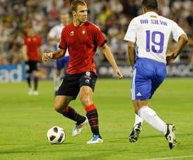 Crisitan Vadocz, nuevo jugador del Alavés, cuando militaba en Osasuna. Twitter