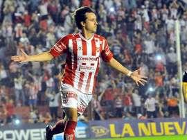 Cristian Bernardi seguirá jugando en Primera, ya que cambia Instituto por Colón. LaVoz