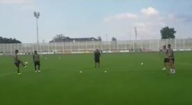 Cristiano, Dybala, Douglas Costa y Bonucci, en el entrenamiento de la Juventus. Twitter/juventusfc