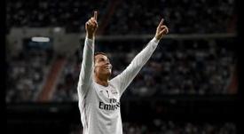 Cristiano Ronaldo, delantero portugués del Real Madrid, celebrando un tanto con el conjunto blanco. RealMadrid