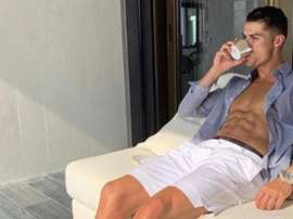 Cristiano Ronaldo se relaxe avec un thé avant de se remettre au travail. Instagram/cristiano