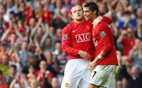 Wayne Rooney escolhe entre CR7 e Messi. Twitter