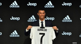 Cristiano Ronaldo was officially presented in a press conference. JuventusFC Twitter