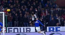 El tremendo salto de Cristiano. AFP