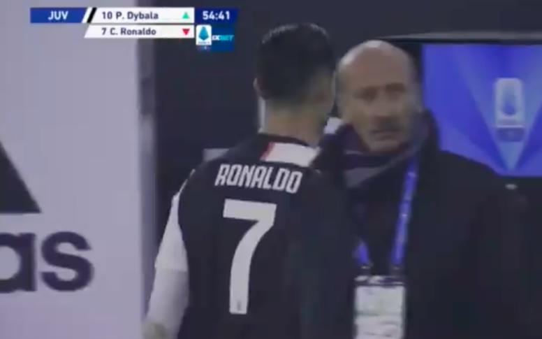 Ronaldo encore remplacé en cours de match. AFP