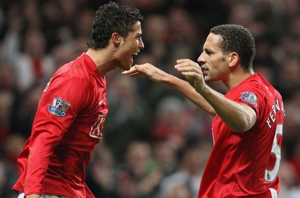 L'anecdote FABULEUSE concernant Cristiano Ronaldo, nu devant son miroir à Old Trafford