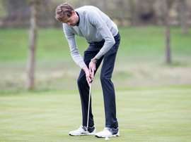 Crouch is an keen golf player in his spare time off the pitch. Twitter
