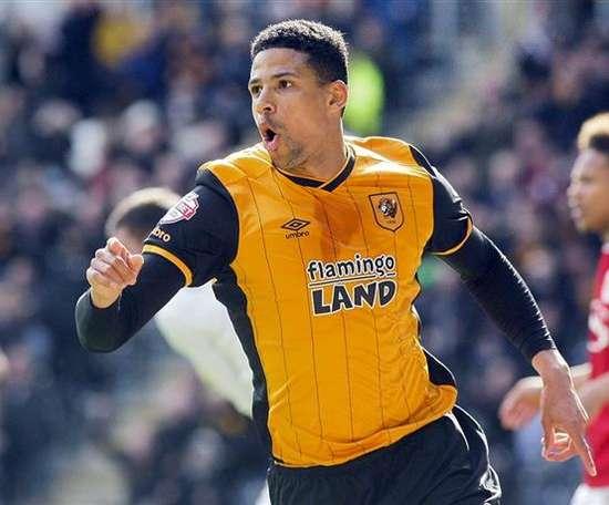 Curtis Davies deja el Hull por el Derby County. HullCityTigers