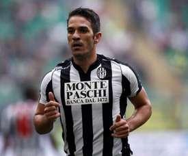 D'Agostino, em partida pelo Siena. AFP