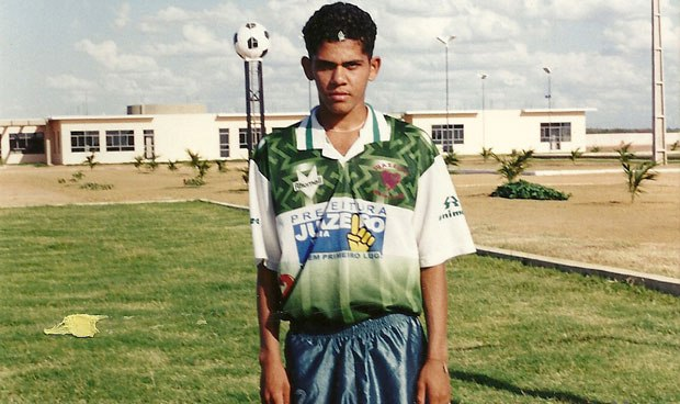 Dani Alves as a youngster. Twitter