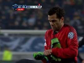 Dani Alves, goleiro do PSG durante alguns segundos. Captura/BeINSports