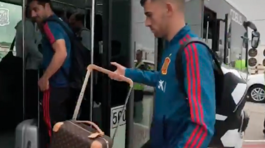 España se mide a Bosnia. SeFutbol