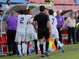 Dani Gomez célèbre un but avec Guti. RFEF