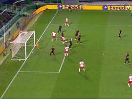 Olmo made it 1-0 Leipzig. Screenshot/MovistarLigadeCampeones