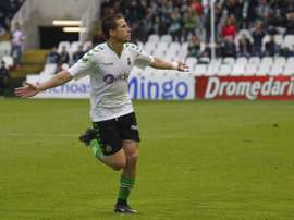 Dani Aquino anotó el primero de los goles del Racing. RealRacingClub