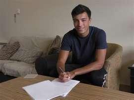 Devine llegó a un acuerdo de renovación con el Bradford. BradfordCity
