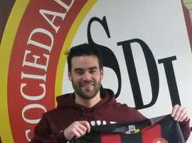 Daniel Peláez, con la camiseta del Logroñés. Twitter
