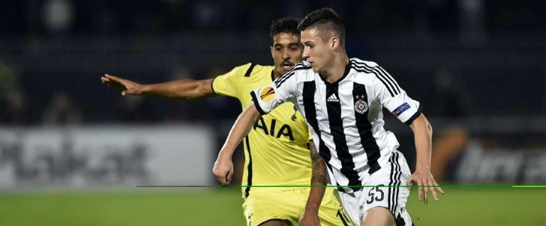 Le Serbe jouera une saison de plus au Partizan de Belgrade. AFP