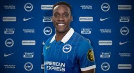 Welbeck signe à Brighton. Twitter/OfficialBHAFC