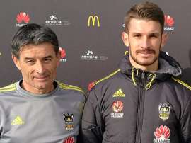 Dario Vidosic firma con Wellington Phoenix. Wellington Phoenix