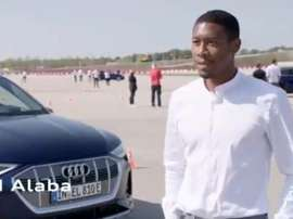 The squad will all drive electric cars. Screenshot/FCBayern