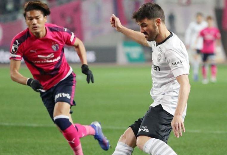 Villa no tuvo un buen debut en el fútbol japonés. EFE