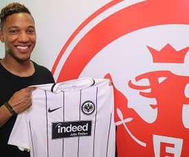 De Guzman avec le maillot de l'Eintracht Francfort. Twitter Eintracht Frankfurt