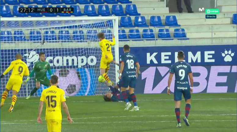 A great cross from Messi for De Jong to put Barca in front. Screenshot/MovistarLaLiga