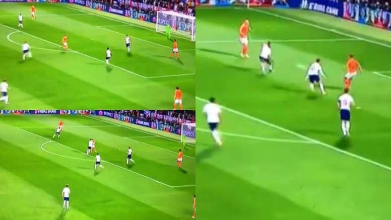 De Jong fue capaz de sacar la pelota limpia en una presión muy agresiva de Inglaterra. Captura/TEN2