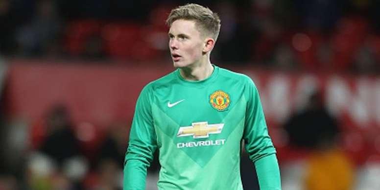 Mourinho exige la prolongation du jeune Henderson. Twitter/ManchesterUnited