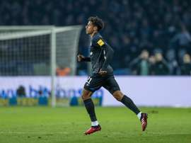 O Schalke 04 quer Todibo por mais tempo. Schalke04