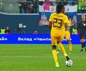 Quand Boyata joue contre la Russie... avec le maillot de Batshuayi. Capture
