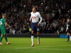 Dele Alli firmó uno de los goles del Tottenham. AFP