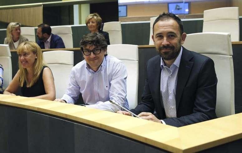 Denis Itxaso destacó el esfuerzo que se hace para fomentar el euskera a través del deporte. EFE