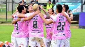 Deportivo Santaní celebra el gol de Mitre que le llevó a una nueva victoria. Twitter/clubsantani