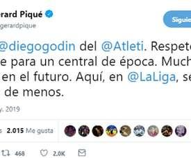 Piqué a rendu hommage à Godín. Twitter/3GerardPique