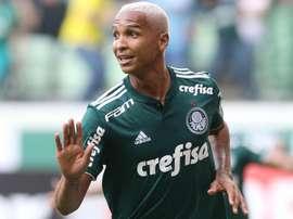 Deyverson firmó un doblete en la victoria sobre Gremio. Palmeiras