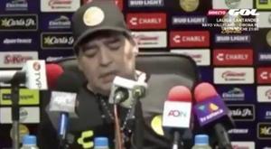 Maradona, en pleine sieste. Capture/GOL