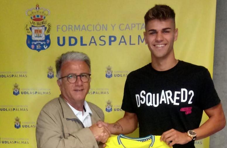 Las Palmas C ficha Diego Hernández. Twitter/UDLP_Cantera