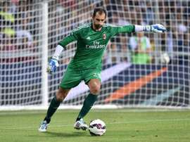 Chelsea are closing in on a move for AC Milan goalkeeper Diego Lopez. Twitter