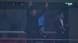 Simeone no dejó de dar órdenes hasta que acabó el partido. Captura/Movistar