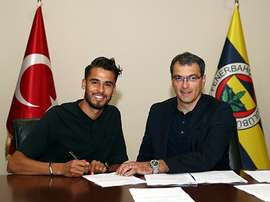 Diego Reyes will try his luck in the Turkish League. Fenerbahce