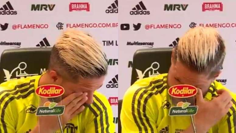 Diego a fondu en larmes devant la presse. Capture/EsporteInterativo