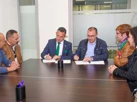 Elche y UD Santa Pola han hecho oficial el acuerdo de colaboración entre ambas entidades. ElcheCF