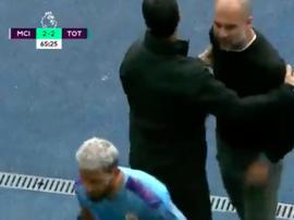 A calorosa discussão entre Guardiola e Agüero. Captura/DAZN