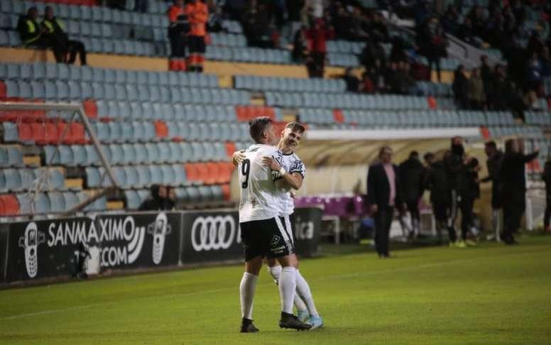 El Salamanca se llevó los tres puntos ante el Barakaldo. SalamancaCFUDS