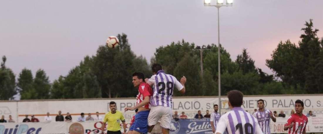 El Valladolid dio buena cuenta del Atlético Tordesillas. Twitter/realvalladolid