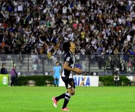 O 'Cruzmaltino' se colocou a três pontos da 'Raposa', quando falta jogar um rodada. Vasco
