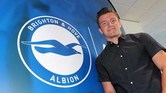Dreyer has officially made the move to Brighton. Twitter/OfficialBHAFC